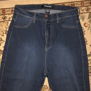 Fashion Nova high raised jeans